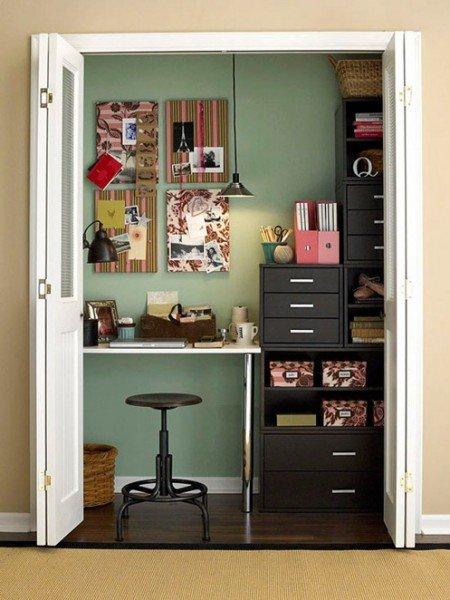 office-in-closet-bhg