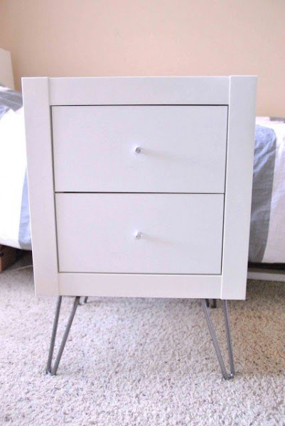 clearlytangled_expedit_nightstand_hairpinlegs_snw-745244