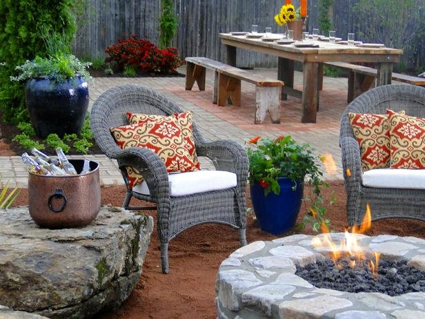 DYCR609_Fire-Pit-Picinic-Table_s4x3_lg