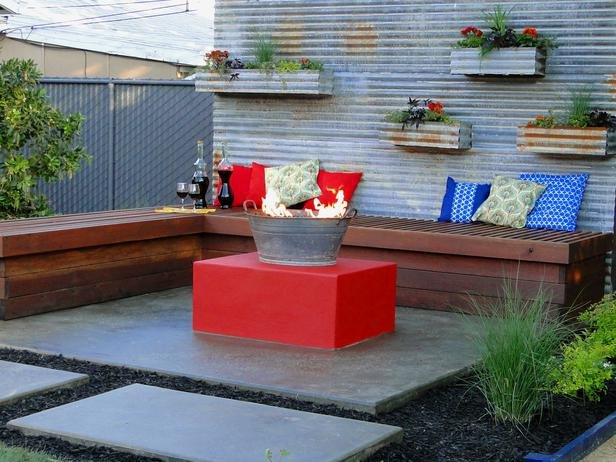 DYCR806_backyard-seating-fire-pit-planter-boxess_s4x3_lg