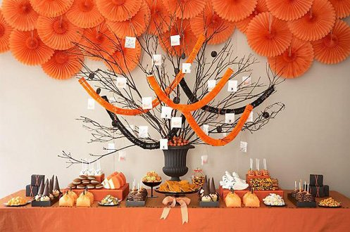 big-halloween-tree-for-a-display-table