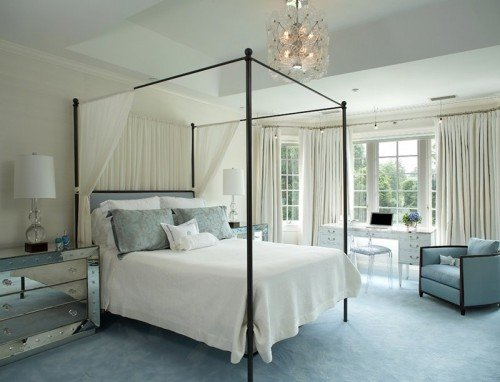 cool-canopy-beds-5-500x382