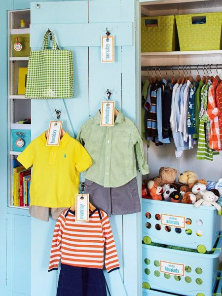 52-Brilliant-and-Smart-Kids-Rooms-Storage-Ideas-26