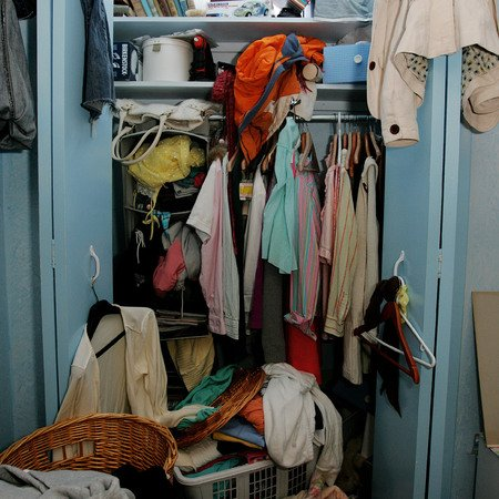 bedroom_clutter_mess_tidy_save_cash_life_handbag